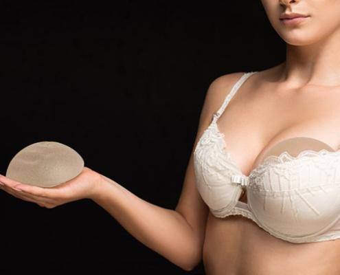 brystimplantat